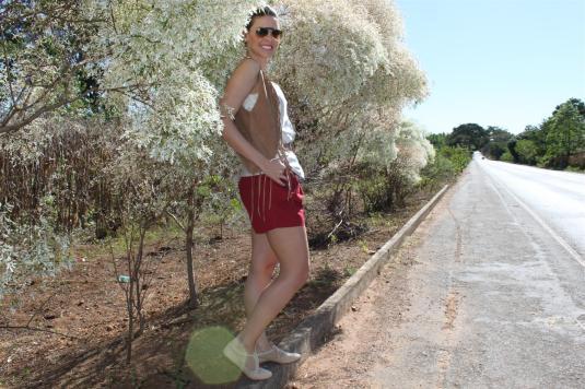 Look do dia, look couro, short verão, oxford com renda, blusa de sedinha, look viagem