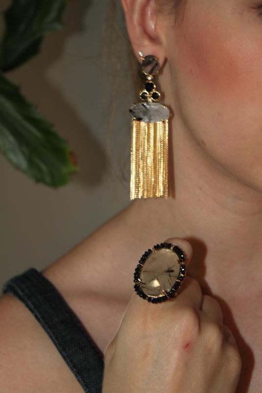 Semi- jóias