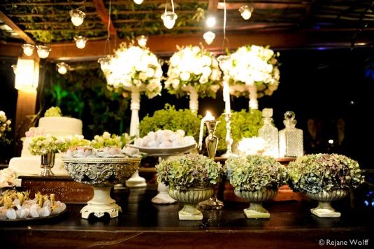 Blog Sarah Leão - Miquéias Madalena - Casamento - Casamento de dia - Decoração