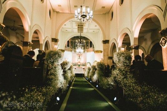 Blog Sarah Leão - Miquéias Madalena - Casamento - Decoração - Igreja - Gipsofila - Mosquitinho