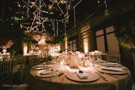 Blog Sarah Leão - Miquéias Madalena - Casamento - Decoração - Luzinhas - Tendência