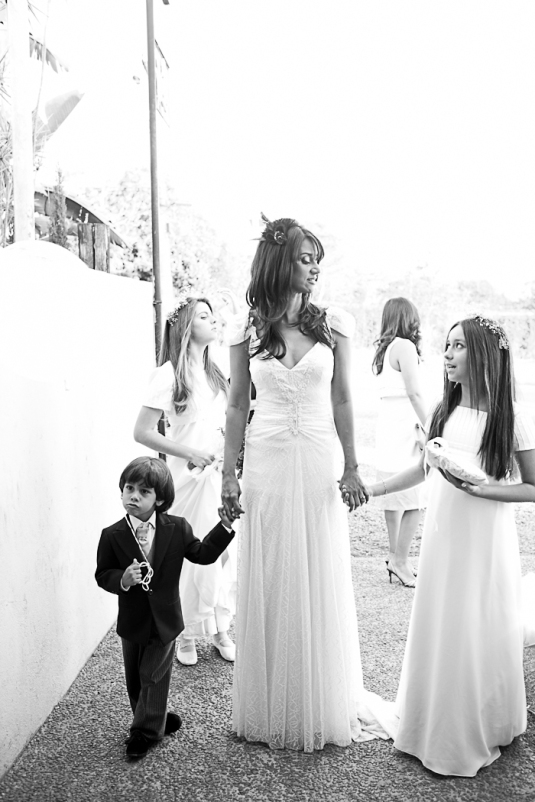 Blog Sarah Leão - Miquéias Madalena - Casamento - Vestido de noiva - Penteado - Maquiagem - Foto Marina Favato