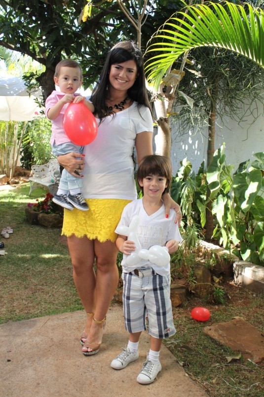 Criançaslook-blogsarahleão-festa-looks