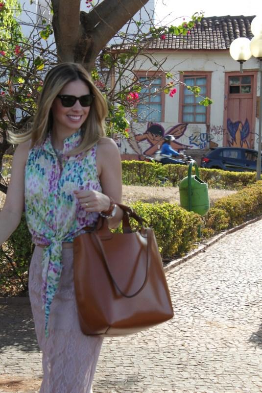 Lookverão-saiarenda-blogsarahleão-saialonga