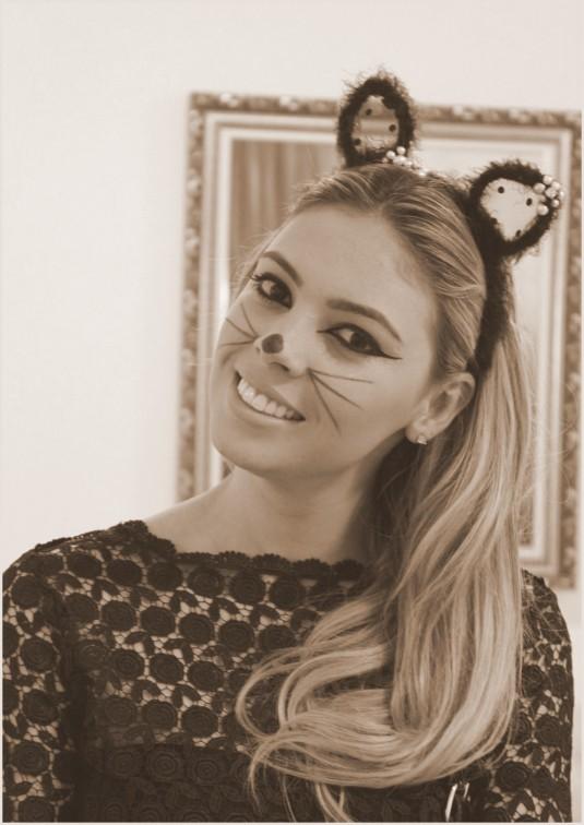 Meu look festa fantasia- sarah leão- vestido preto- renda- Blog Sarah Leão