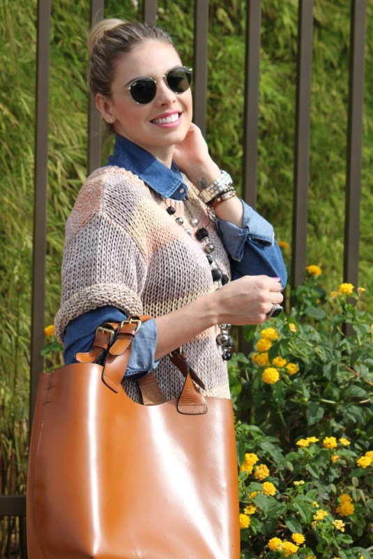 Look do dia- Blog Sarah Leão- Look camisa jeans + trico
