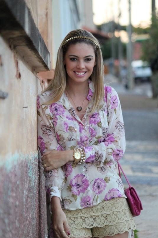 Peça mullet- camisa floral- look verão- blog Sarah Leão