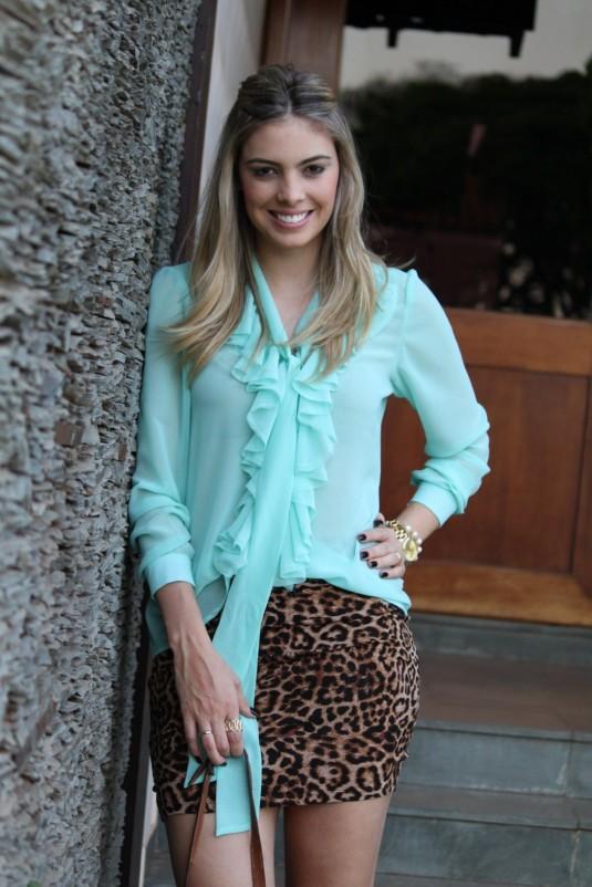 Sarah Leão- Blog Sarah Leão- Look do dia- Look onça + mint- Kju