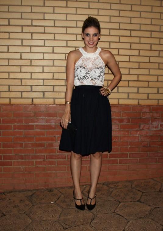 Sarah Leão- Look festa- Look lady- Look com renda