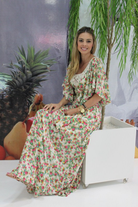 Look verão- Sarah Leão- Kju- Looks