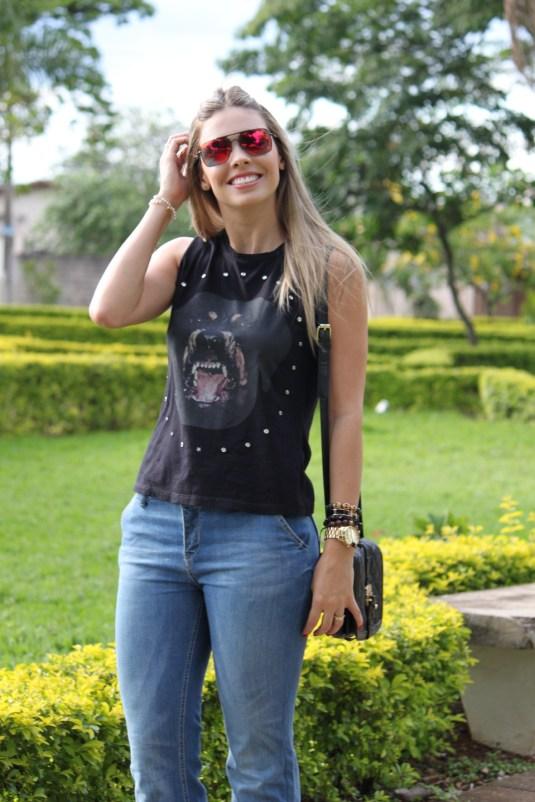 Moda- óculos Espelhado- Moda- Look do dia- T-shirt- paixão