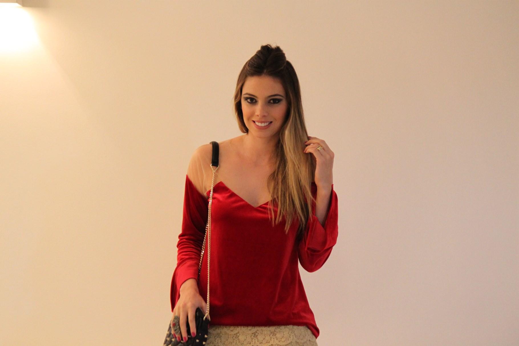 Blusa veludo molhado Sarah Leão #AE1D1F 1820x1213 Acessorios Banheiro Uberlandia